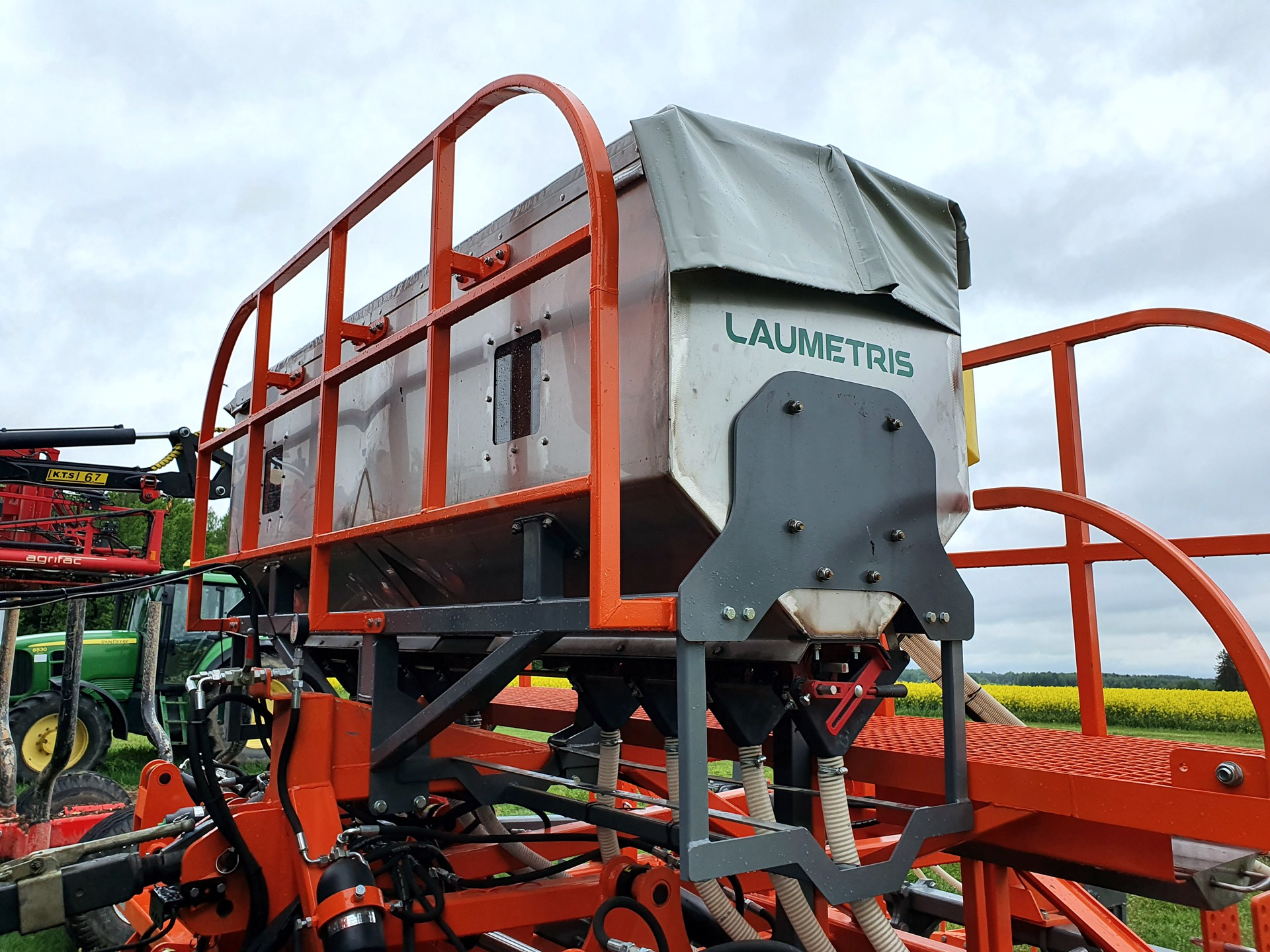 Tręšimo sistema BF-1200, Laumetris