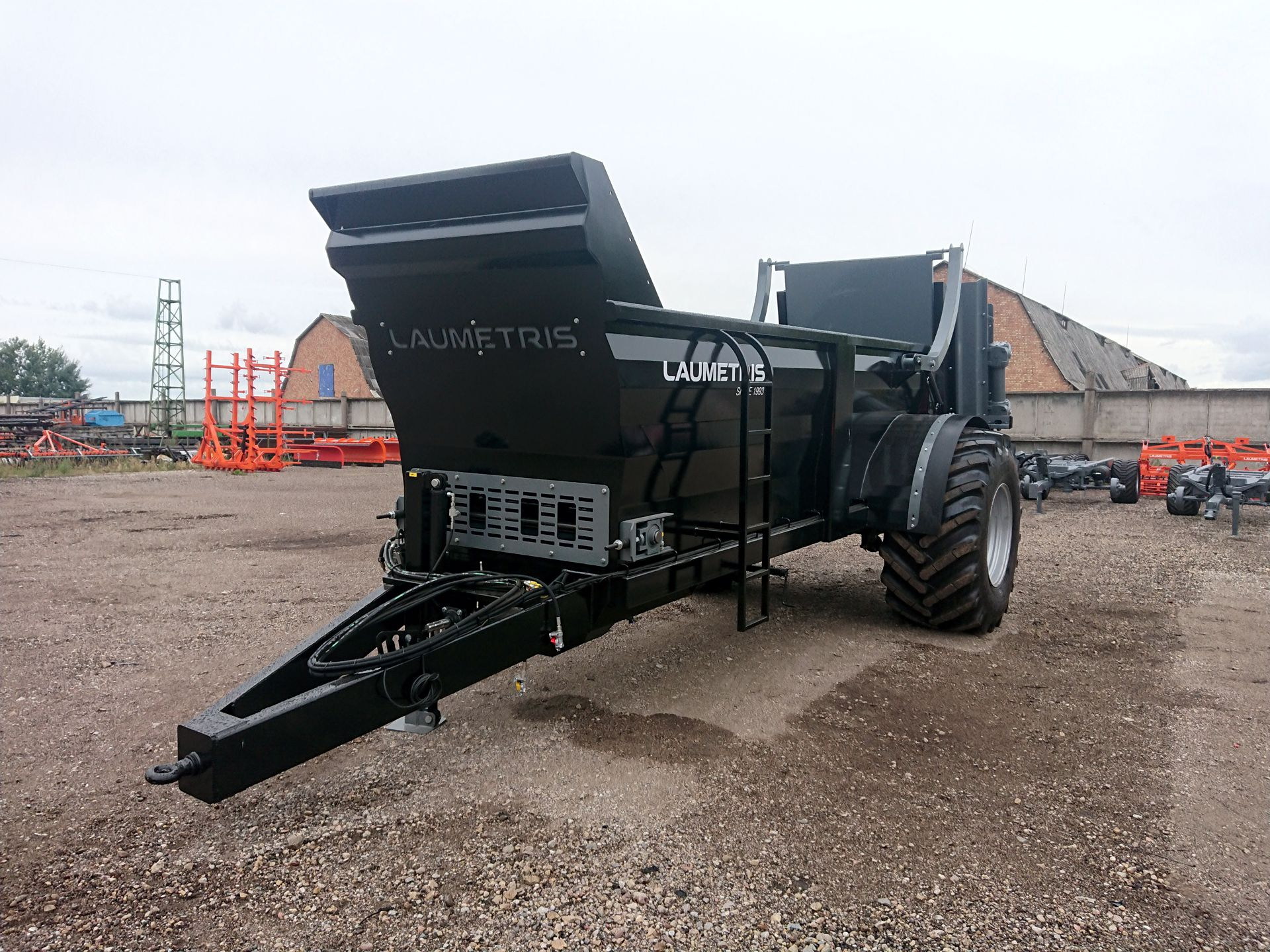 Gödselspridare MKL-10, Laumetris