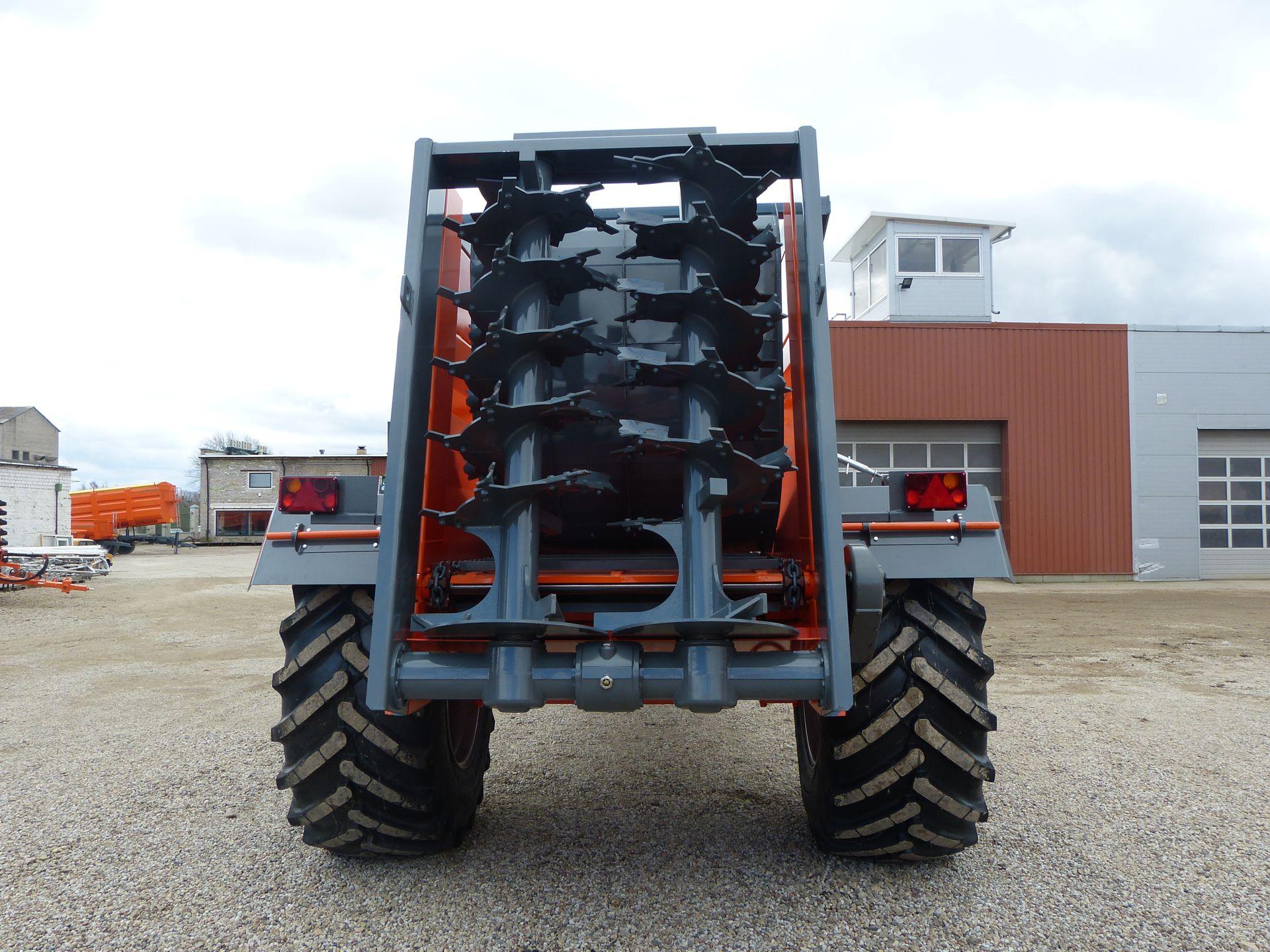 Gödselspridare MKL-14, Laumetris