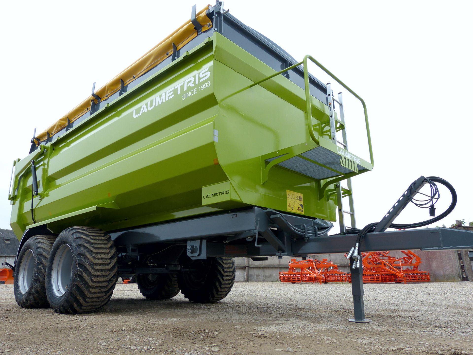 Universali traktorinė puspriekabė PTL-12F, Laumetris