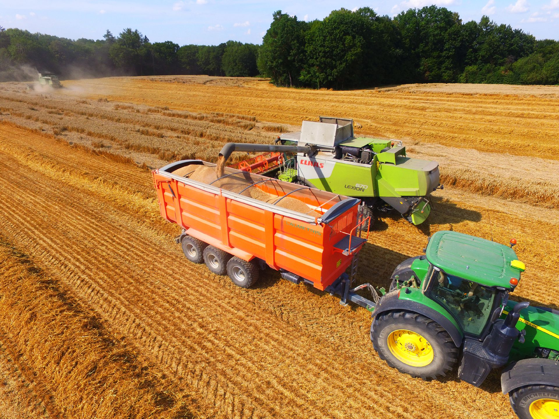 Traktorinė puspriekabė PTL-30F, Laumetris